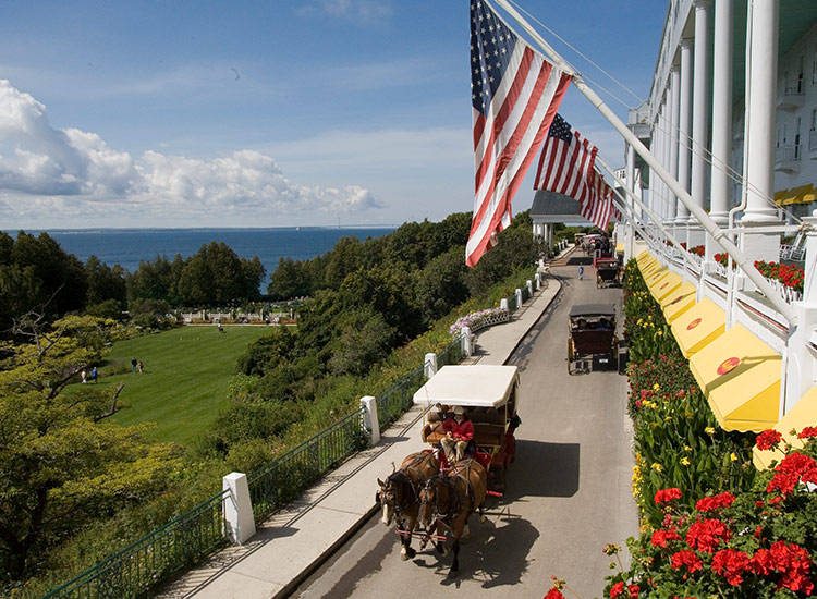Many GLR itineraries feature a stay at the iconic Grand Hotel on Mackinac Island. // © 2017 Victory Cruise Lines