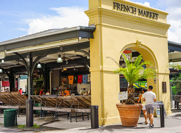 Grab a tasty treat at the popular French Market. // © 2018 Paul Broussard