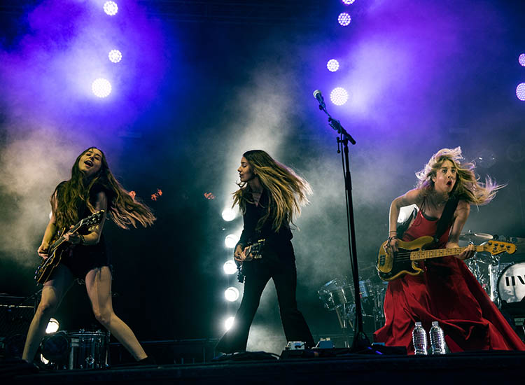 Pop rock band Haim performed at this year's festival. // © 2016 Roger Ho