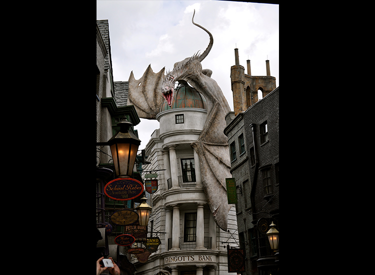 Starting July 8, wizards and muggles alike can step through the doors of Gringotts Wizarding Bank, in addition to boarding the Hogwarts Express at Universal Orlando. // © 2014 Samantha Davis-Friedman