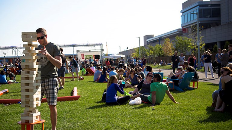 A visit to outdoor event space, The Lawn on D, is a popular activity for Boston locals and visitors alike. // © 2015 The Lawn on D