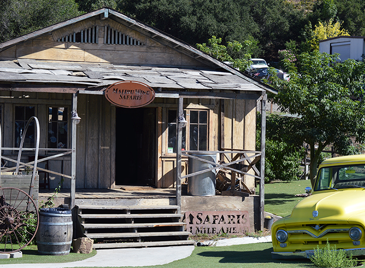 The main office and gift shop for Malibu Wine Safaris // © 2015 Valerie Chen