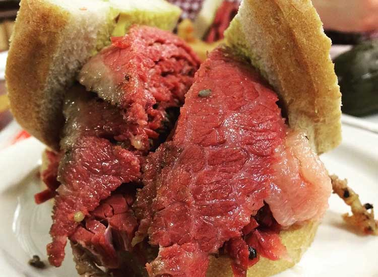 When ordering a smoked-meat sandwich at Schwartz's, clients should ask for mustard and pickle. // © 2016 Emma Weissmann