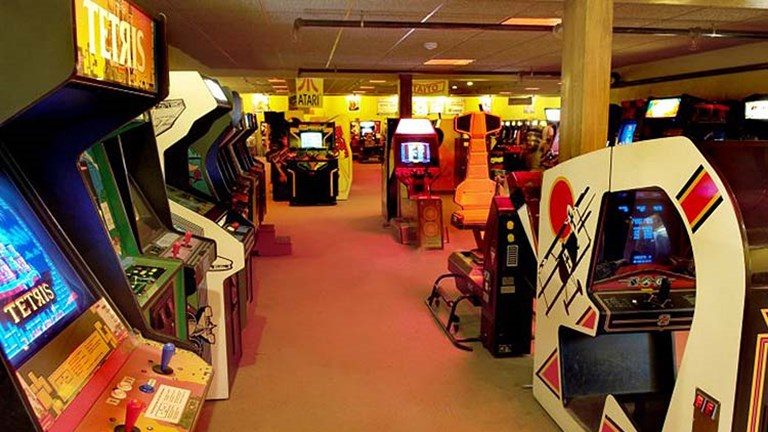 Little ones (and adults) will love a museum full of arcade and video games, such as American Classic Arcade Museum. // © 2016 Studio One