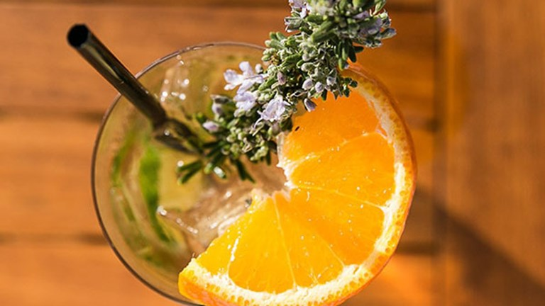 The Harvest bar's handcrafted cocktails use fresh herbs and produce. // © 2017 The Ranch at Laguna Beach
