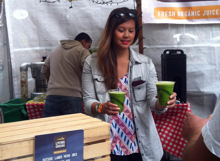 Living Greens made fresh, organic cold-pressed juice. // (c) 2013 Mindy Poder