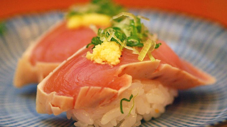 Hide Sushi, a Sawtelle institution since 1979, is famous for its fresh nigiri (raw fish such as albacore or other seafood on top of rice). // © 2016 Creative Commons user malingering