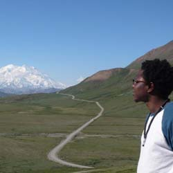 The 21-day Alaska and the Yukon: Full Circle tour visits Denali National Park, among many other popular tourist sites. // © 2013  National Park...