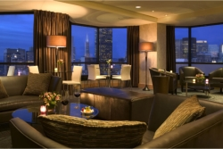 The Club Lounge at the Parc 55 Hotel offers stunning views of San Francisco // (c) 2010
