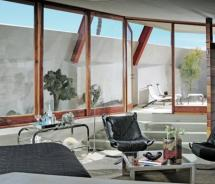 The new Hotel Lautner is a stylish boutique property near Palm Springs. // © 2011 Hotel Lautner