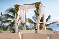 Outrigger Reef on the Beach's new Voyager Deck, set up for a wedding. Credit: Outrigger Hotels and Resorts