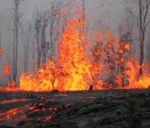 Kilauea Eruption // (c) 2011 USGS/Hawaiian Volcano