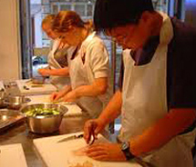 The Santa Fe Harvest Festival offers cooking classes for adults as well as children. // © Santa Fe Harvest Festival