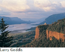 Columbia Gorge // © Larry Geddis