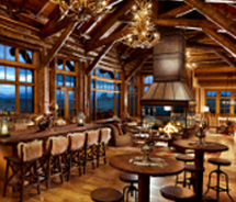 The Lodge Great Room serves family-style feasts. // © 2013 Brush Creek Ranch
