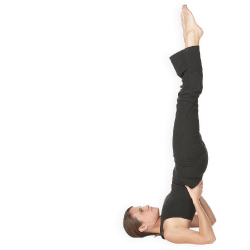 Woman doing yoga // © 2013 Thinkstock