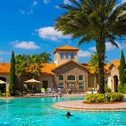 Aston Tuscana Resort in Orlando, Fla., is one property that qualifies for bonuses from Aston Hotels & Resorts. // © 2014 Aston Tuscana Resort