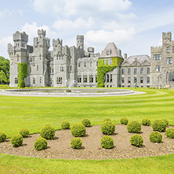 Earn extra commission on Sceptre's Ashford Castle and Irish Welcome Homes itinerary. // © 2016 iStock