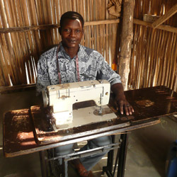 <p>Kiva allows users to lend money to growing businesses in the developing world. // © 2015 Abby Gray/Kiva</p><div> </div>