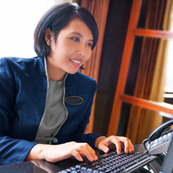 <p>Earn a free weekend night by booking your client for five eligible stays at any Sheraton property. // © 2015 iStock</p><div></div>