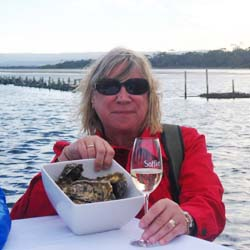 Rossi caught and shucked her own oysters during a stay at Saffire Freycinet lodge in Tasmania. // © 2014 Sunnie Rossie