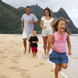 Hawaii remains a top wish-list destination for domestic travelers // © 2013 iStock Images