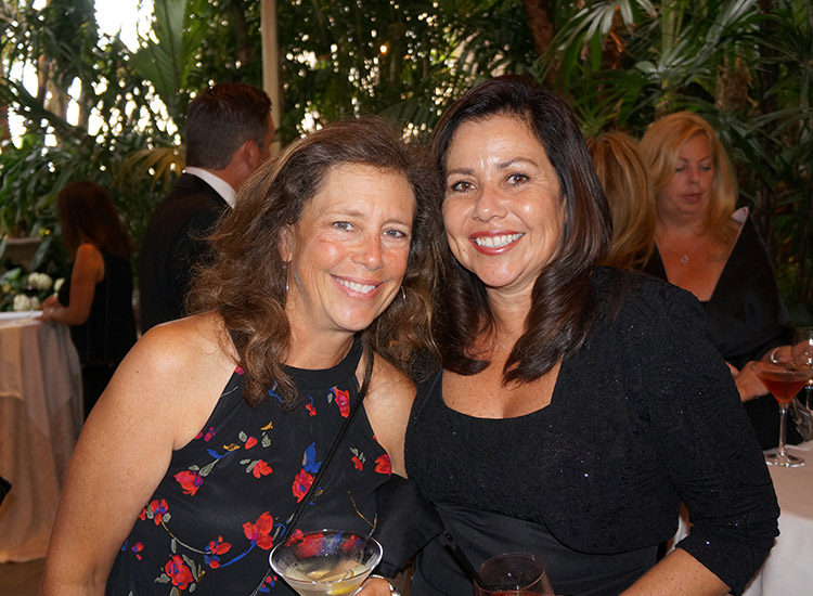 Andi Myza/Montrose Travel (L) and Susie Casillas/Club Med