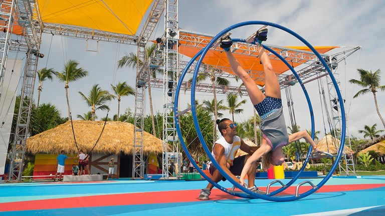 Learn acrobatic feats with a team of expert trainers at Creactive by Cirque du Soleil.