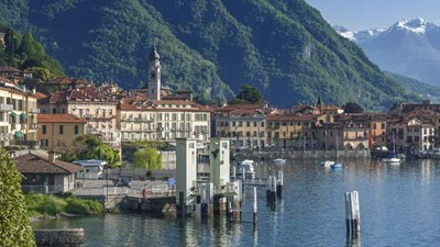 Suggest Lake Como for families seeking an Italian getaway with options for outdoor activities. // © 2015 Thinkstock 3