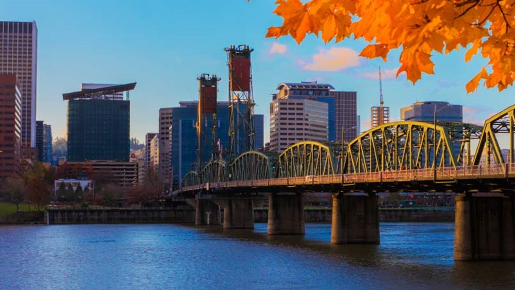 With unique attractions and natural beauty, Portland is a great choice for families. // © 2015 iStock 2