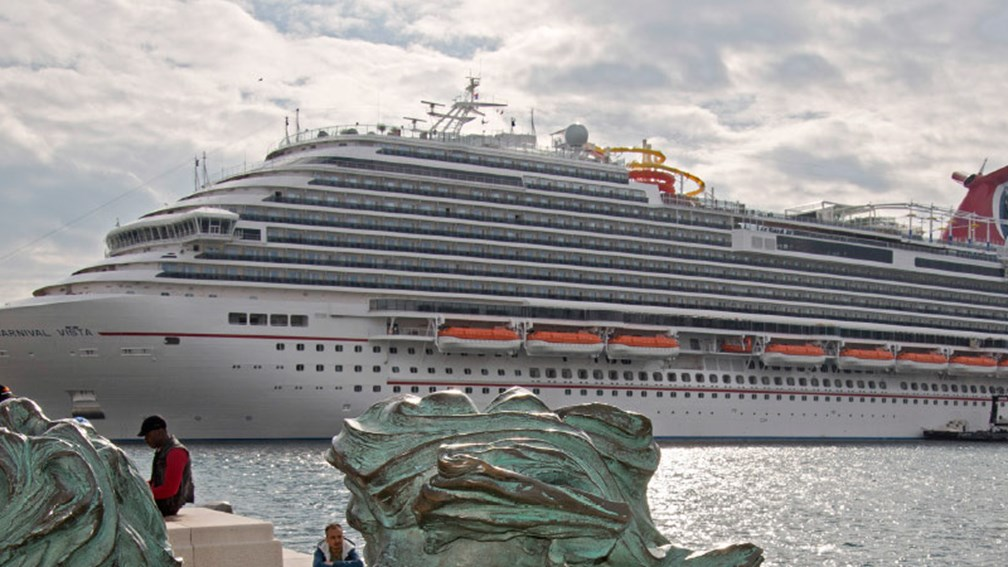 The 3,954-passenger Carnival Vista is the newest member of Carnival's fleet. // © 2016 Carnival Cruise Line 2