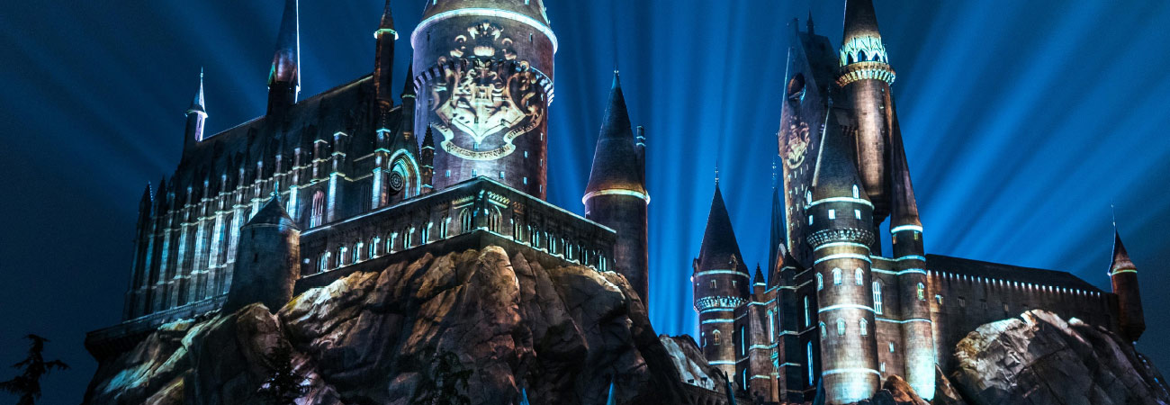 See the New Nighttime Lights at Hogwarts Castle