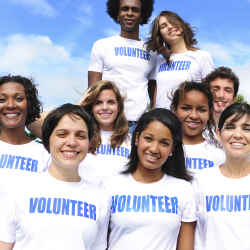Agents can expand their voluntourism client base by volunteering themselves. // © 2014 Thinkstock