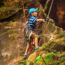 <p>Costa Rica offers a wealth of activities for families. // © 2015  Roberto A Sanchez</p><p>Feature image (above): Tour operators such as G...