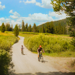 <p>Family biking trips can be the perfect way for clans to bond in the great outdoors. // © 2016 Michael Mundt</p><p>Feature image (above): Riders...