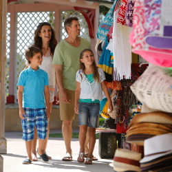 <p>Nassau's Bay Street offers many souvenir options. // © 2017 Nassau Paradise Island</p><p>Feature image (above): Families can snorkel near Rose...
