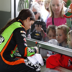<p>In Daytona International Speedway's Sprint Fanzone, guests join in pre-race festivities and meet their favorite drivers. // © 2015 DIS...