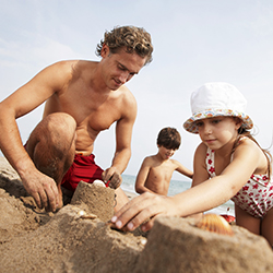 April's #TWChats covered family travel. // © 2015 Thinkstock