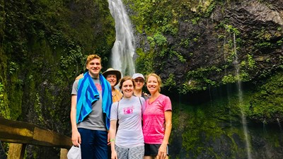 Family Vacation Journal: A New York City Teen Heads to Fiji