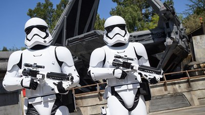 A Review of Disneyland's Brand-New Star Wars: Galaxy's Edge