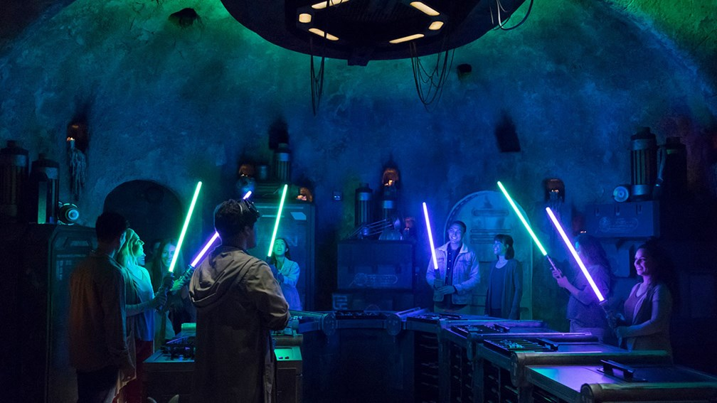 What Clients Can Eat, Drink and Buy at Disneyland's Star Wars: Galaxy's Edge