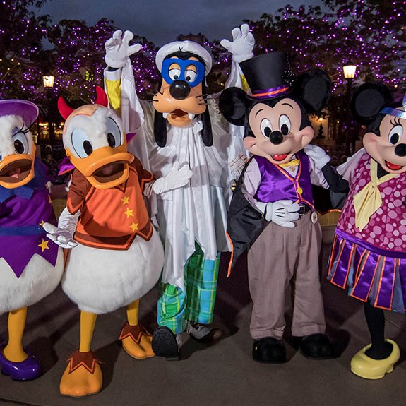 How to Celebrate Halloween 2018 at Your Favorite Theme Parks