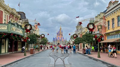 DisneyWorld_Entrance_Hero